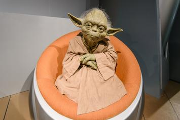 Star Wars Fan Launches Petition Calling For Apple To Add Baby Yoda Emoji