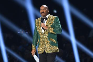 "Steve Harvey Fires Back At Mark Curry's Joke-Jacking Claims: ""Grow Up, Man!"""