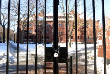 Harvard Campus Shuts Down Due To Coronavirus