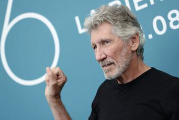 "Roger Waters Posts Virtual Performance Of ""Mother"""
