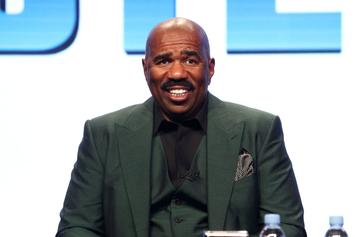 "Steve Harvey Loses His Mind Over Bruce Smith's NSFW ""Family Feud"" Answer"