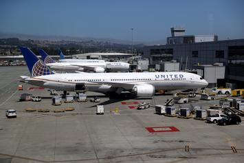 United Airlines Bans Family For Not Keeping Mask On Their 2-Year-Old Daughter