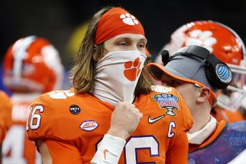 Reporter Accidently Unmutes While Teasing Trevor Lawrence At Press Conference
