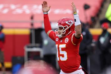 """Patrick Mahomes Declares """"HenneThing Is Possible"""" After Chiefs Defeat Browns"""