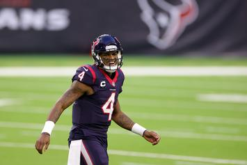 "Deshaun Watson Brings Rare ""The Rock"" Rookie Card To Lunch With Timbaland"