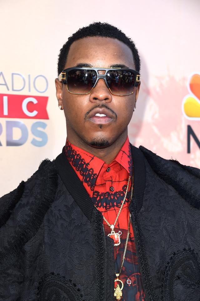 Jeremih at iheartradio red carpet