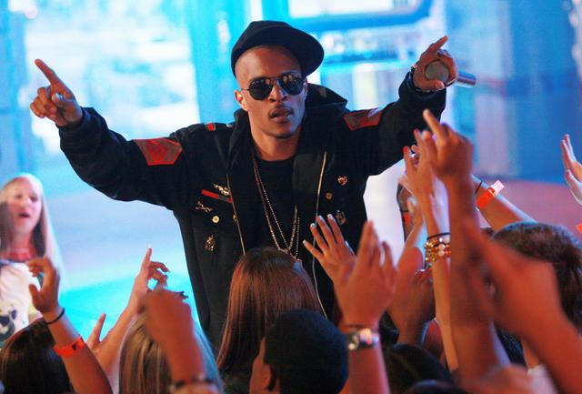 T.I. performing at MTV TRL 2006