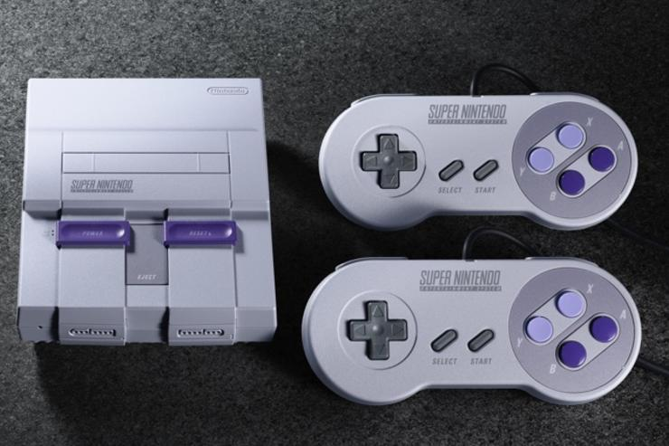 Nintendo fans wait hours for SNES Classic console