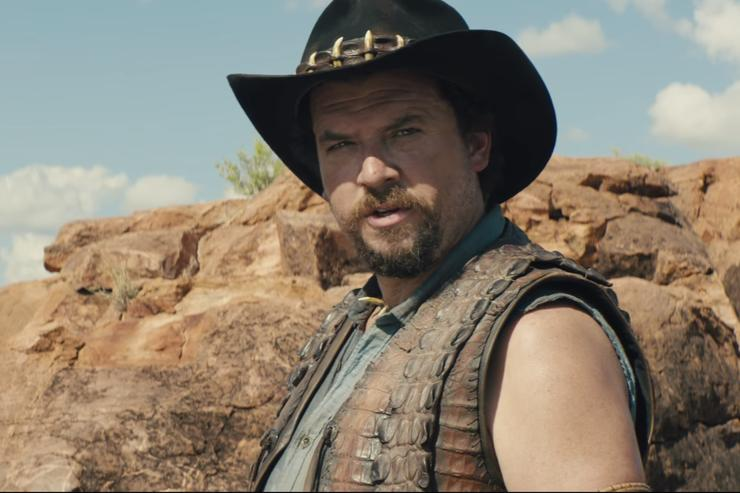 Chris Hemsworth joins Danny McBride in new Dundee teaser