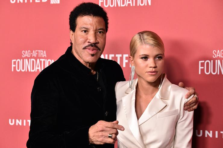 Honoree Lionel Richie (L) and Sofia Richie attend the SAG-AFTRA Foundation Patron of the Artists Awards 2017 at the Wallis Annenberg Center for the Performing Arts on November 9, 2017 in Beverly Hills, California.