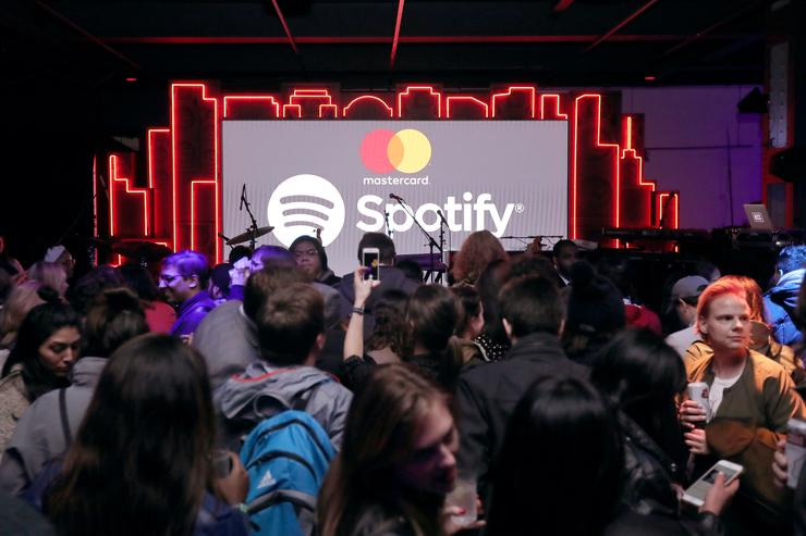Spotify files to go public-but Twitter is skeptical