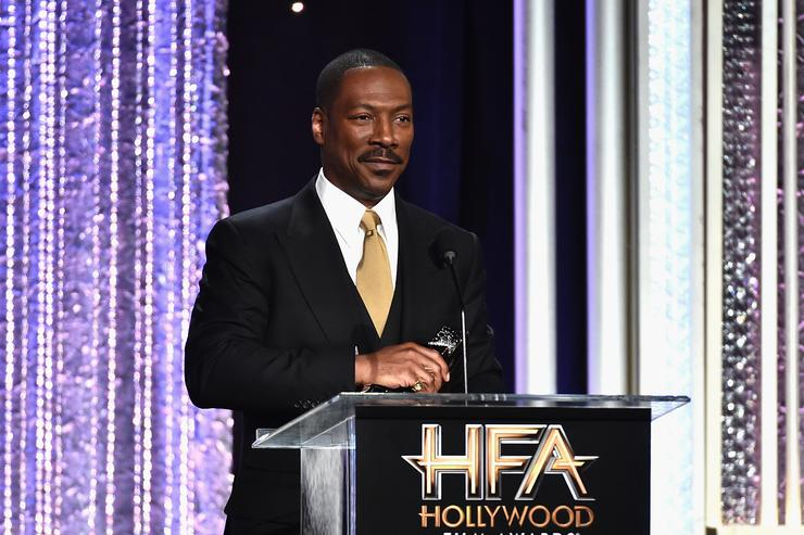 Eddie Murphy recieves the Hollywood Career Achievement Award
