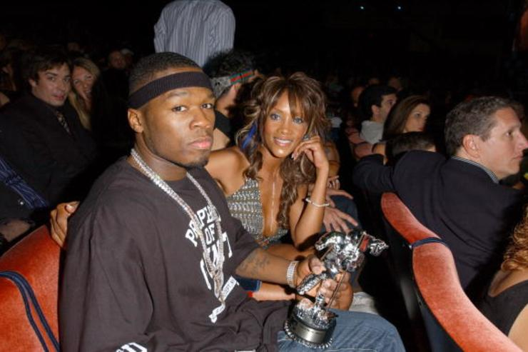 Rapper 50 Cent and actress Vivica Fox pose during the 2003 MTV Video Music Awards at Radio City Music Hall on August 28, 2003 in New York City.