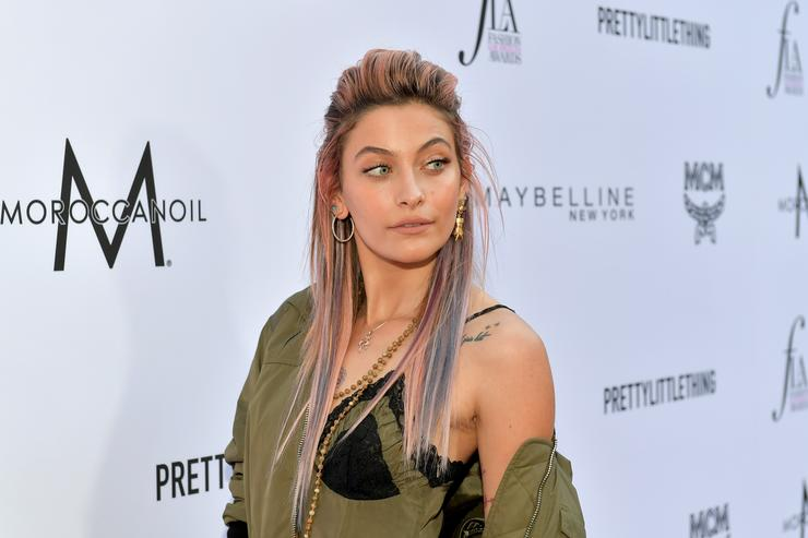 Paris Jackson attends The Daily Front Row's 4th Annual Fashion Los Angeles Awards at Beverly Hills Hotel on April 8, 2018 in Beverly Hills, California.