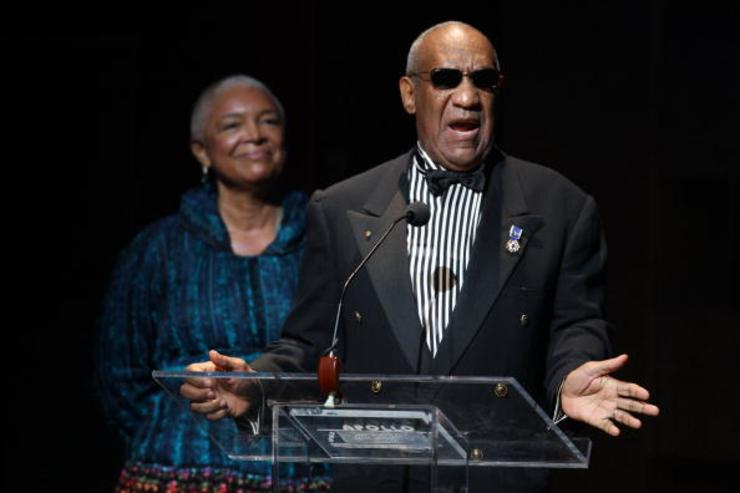 Bill Cosby and his wife Camille Cosby speak onstage at the Apollo Theater 75th Anniversary Gala at The Apollo Theater on June 8, 2009 in New York City.