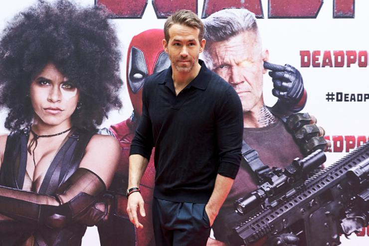 Ryan Reynolds & Michael Bay Join Forces For Netflix Film