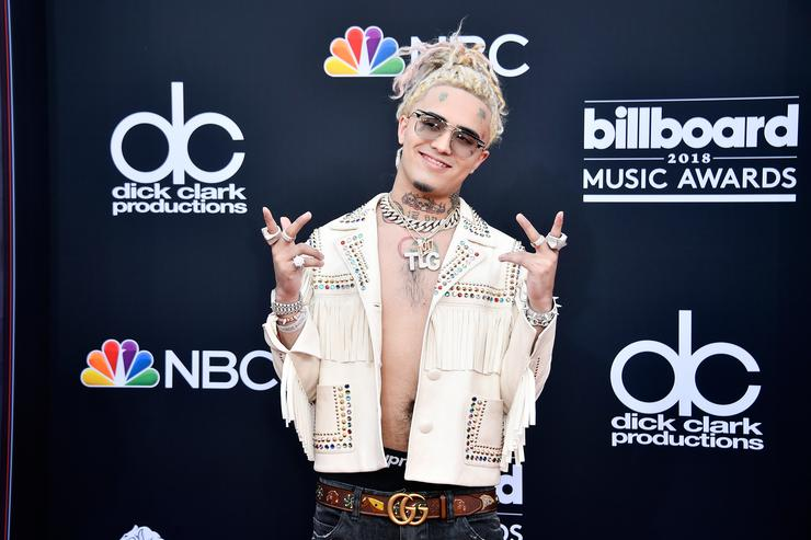Lil Pump Peforms Quot Esskeetit Quot During Television Debut On