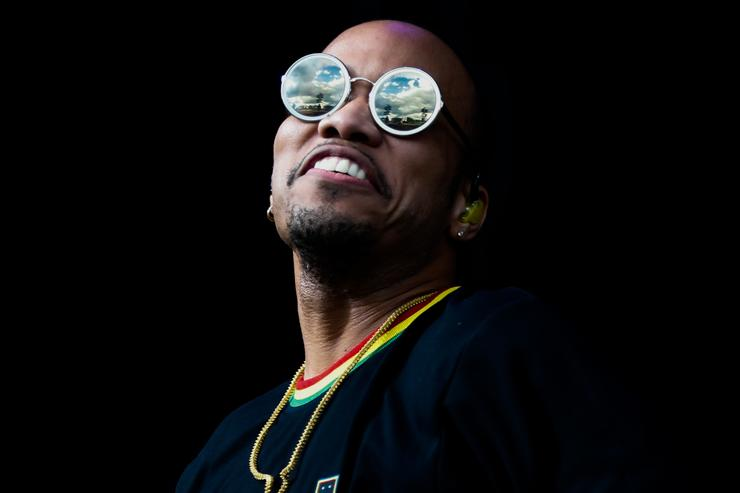 Anderson Paak performs during Lollapaloosa Sao Paulo 2018 at the Interlagos racetrack on March 24, 2018 in Sao Paulo, Brazil.