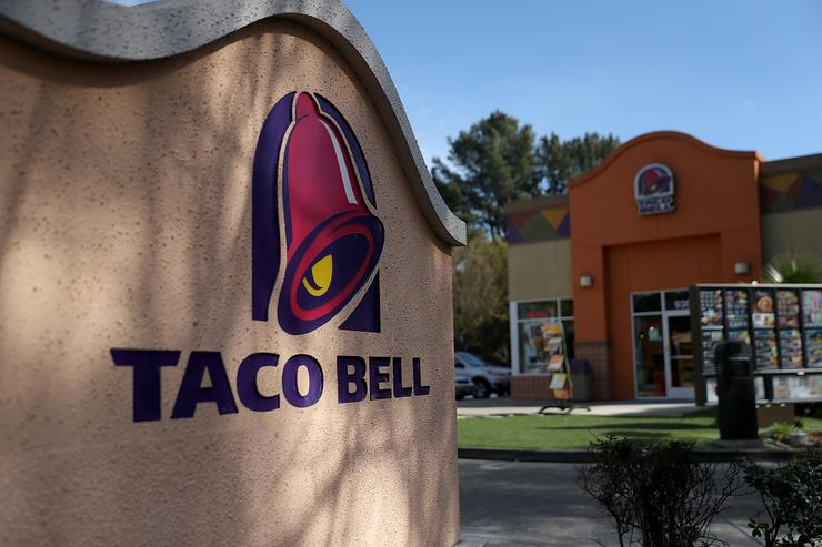 FREE tacos Wednesday at Taco Bell
