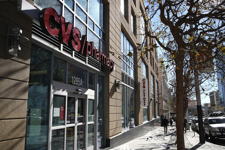 CVS apologizes after managers call police on black customer over coupon