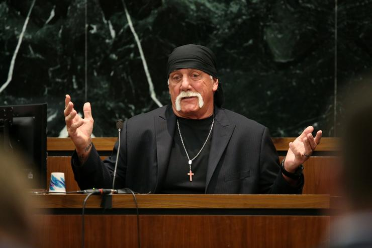 Hulk Hogan reinstated into WWE Hall of Fame following 2015 suspension