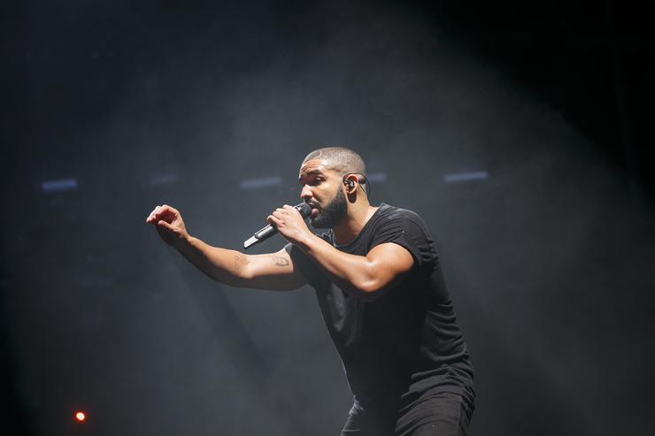 Drake gives props to the creator of the 'In My Feelings' challenge