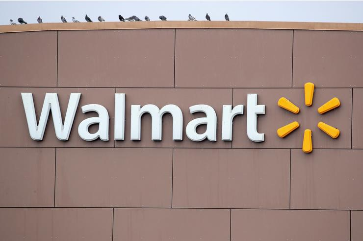 Walmart plans SVOD service to take on Netflix
