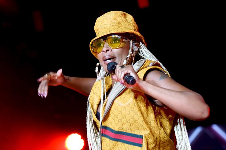 Mary J. Blige performs onstage during the 2018 Essence Festival presented By Coca-Cola - Day 2 at Louisiana Superdome on July 7, 2018 in New Orleans, Louisiana