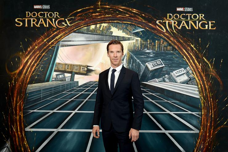 Benedict Cumberbatch reportedly offered Rs 66 cr for Doctor Strange 2