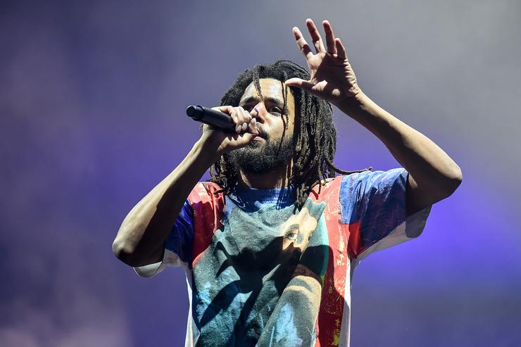 ) J. Cole headlines the main stage on Day 1 of Wireless Festival 2018 at Finsbury Park on July 6, 2018 in London, England.