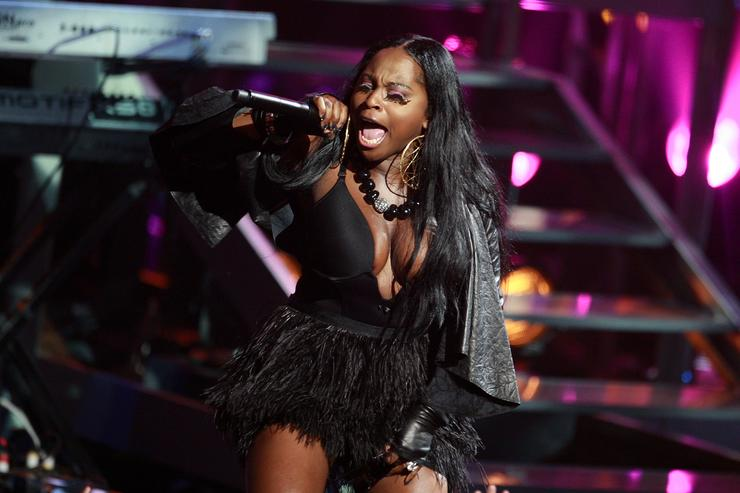 Foxy Brown performs onstage at the 2009 VH1 Hip Hop Honors at the Brooklyn Academy of Music on September 23, 2009 in the Brooklyn borough of New York City