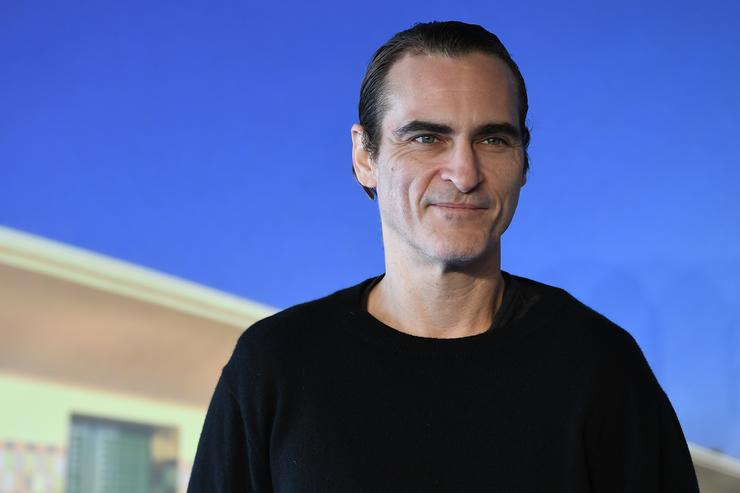 Joaquin Phoenix attends the photocall for 'The Sister Brothers'- 'Les Freres sisters' on September 4, 2018 in Deauville, France.