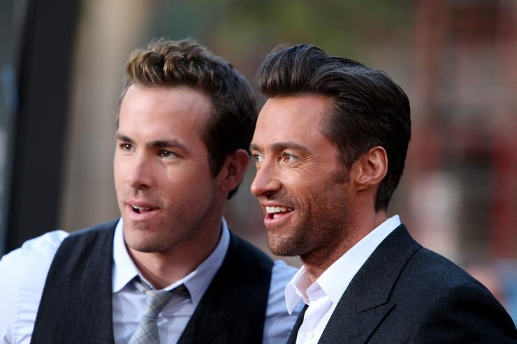 Actors Ryan Reynolds and Hugh Jackman arrive at the Screening Of 20th Century Fox's 'X-Men Origins: Wolverine' on April 28, 2009 at the Gruman's Manns Chinese Theater in Hollywood, California.