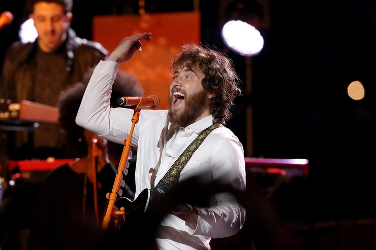 Mike Posner performs in the halftime show during the Thanksgiving Day game between the Detroit Lions and Chicago Bears at Ford Field on November 22, 2018 in Detroit, Michigan