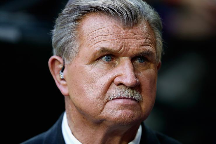 Mike Ditka Suffers Heart Attack
