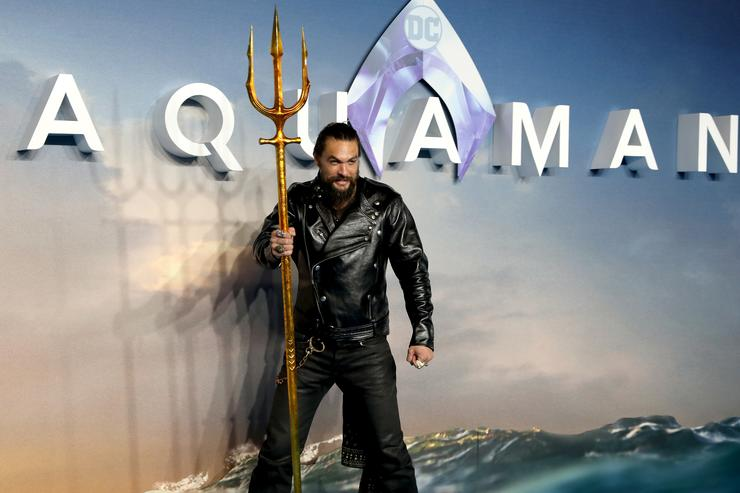 Jason Momoa attends the 'Aquaman' world premiere at Cineworld Leicester Square on November 26, 2018 in London, England.