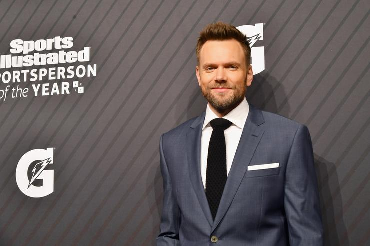 Joel McHale attends SPORTS ILLUSTRATED 2017 Sportsperson of the Year Show on December 5, 2017 at Barclays Center in New York City. Tune in to NBCSN on December 8 at 8 p.m. ET or Univision Deportes Network on December 9 at 8 p.m. ET to watch the one hour SPORTS ILLUSTRATED Sportsperson of the Year special.