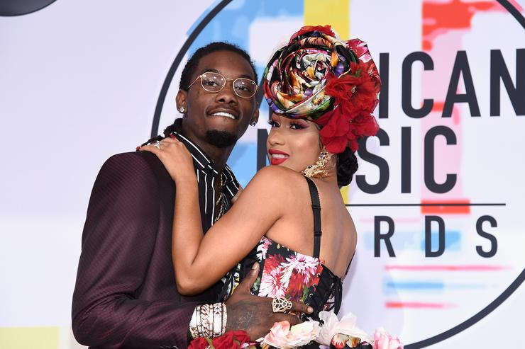 Offset interrupted Cardi B on stage and she was not having it