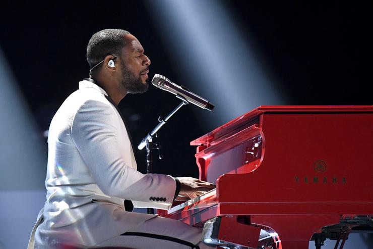Tank performs onstage at the 2017 Soul Train Awards, presented by BET, at the Orleans Arena on November 5, 2017 in Las Vegas, Nevada