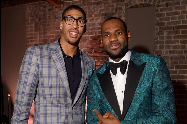 Anthony Davis flattered by LeBron James remarks but focused on Pelicans