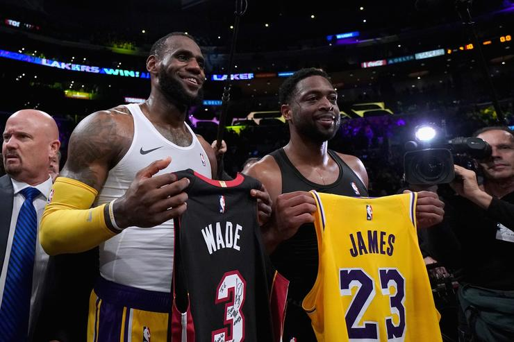 Dwyane Wade Knew Since Day 1 LeBron James Would Sign In LA 55ce2bc76
