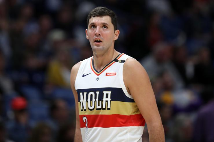 Bucks acquire three-point specialist Nikola Mirotic from Pelicans, report says