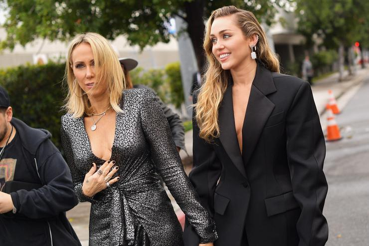 Tish Cyrus (L) and Miley Cyrus attend the 61st Annual GRAMMY Awards at Staples Center on February 10, 2019 in Los Angeles, California