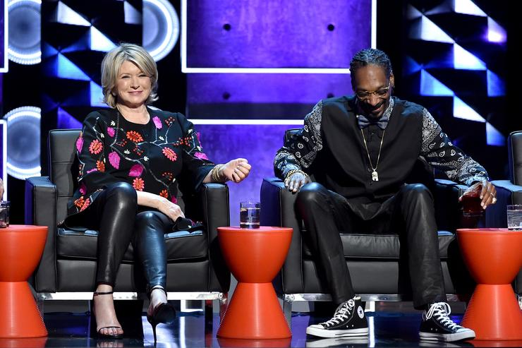 TV personality Martha Stewart (L) and rapper Snoop Dogg onstage at The Comedy Central Roast of Justin Bieber at Sony Pictures Studios on March 14, 2015 in Los Angeles, California. The Comedy Central Roast of Justin Bieber will air on March 30, 2015 at 10:00 p.m. ET/PT.