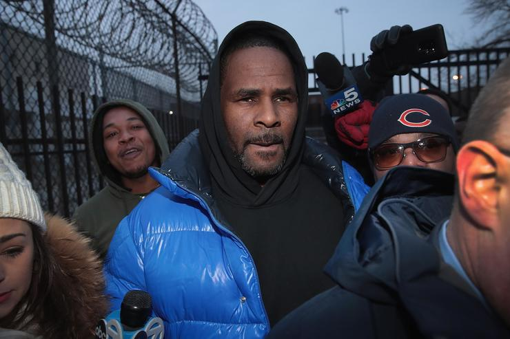 Gayle King's interview with R. Kelly takes explosive turn