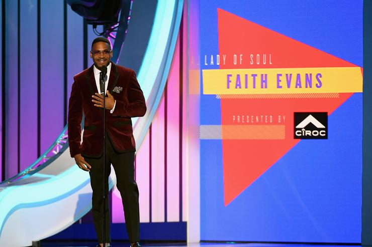 Stevie J presents the Lady of Soul award onstage during the 2018 Soul Train Awards, presented by BET, at the Orleans Arena on November 17, 2018 in Las Vegas, Nevada