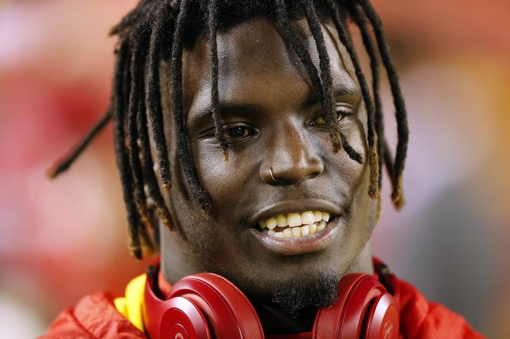 Chiefs wide receiver Tyreek Hill involved in police investigation in Overland Park