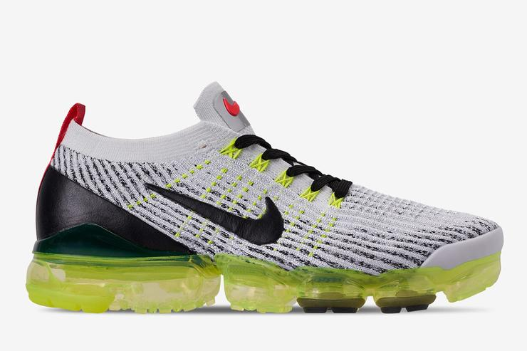 Nike VaporMax 3.0 Sees Volt And Crimson Come Together 1472822132