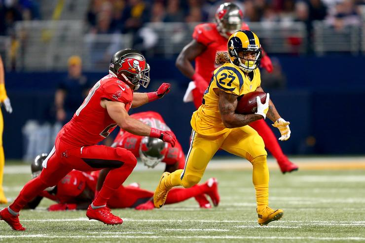 Tre Mason playing against the Buccaneers.