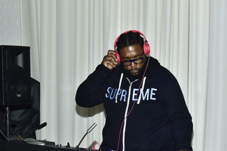 Questlove performing at Corkcicle Sword & Sound.